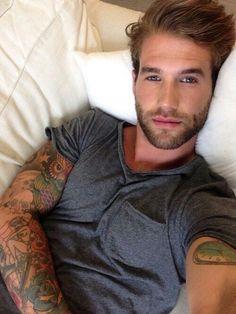 Tatouage Homme Bras 15 Belles Photos De Tatouages Pour Homme