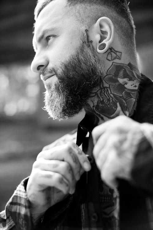 Tatouage Cou Homme 15 Motifs De Tatouages Cou Masculin Photos
