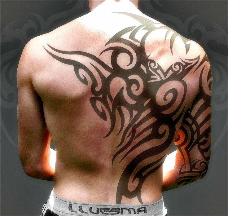 tatouage,homme,dos,11