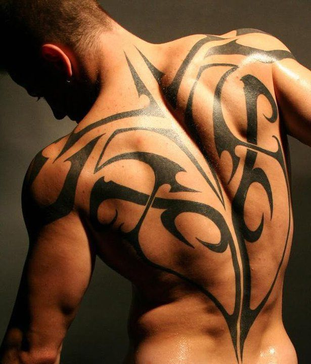 tatouage dos homme 15 photos de tatouages dos. Black Bedroom Furniture Sets. Home Design Ideas