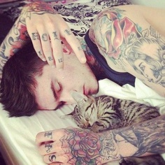 tatouage-homme-main-2