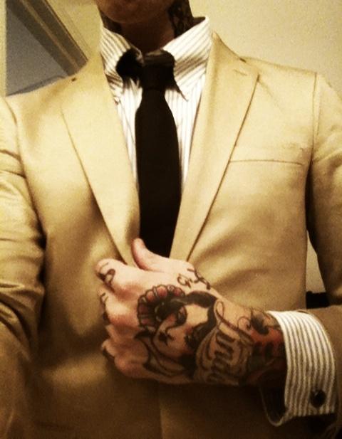 tatouage-homme-main-4