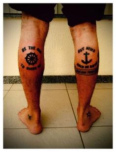 Tatouage Mollet Homme 15 Idees De Tatouages Pour Les Mollets Photos Tatouage Pour Homme Idees Et Motifs Tattoos