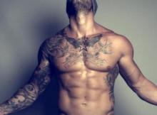 tatouage-homme-pectoraux-7