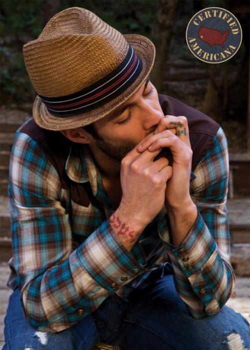 tatouage-homme-poignet-10