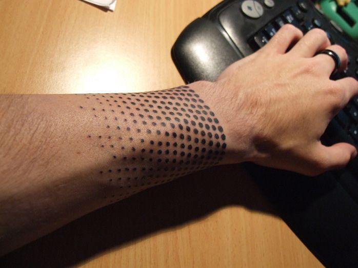 tatouage poignet homme  2