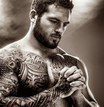 tatouage-homme-torse-2
