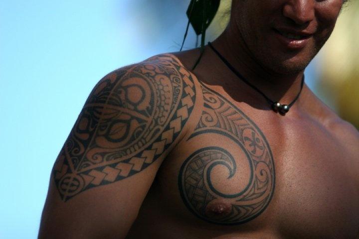 tatouage-polynesien-homme-2