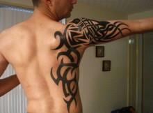 tatouage-tribal-homme-13