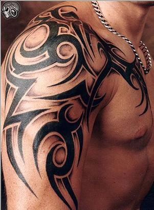 tatouage,homme,tribal,2