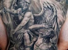 photos tatouage pour homme id es et motifs tattoos des. Black Bedroom Furniture Sets. Home Design Ideas