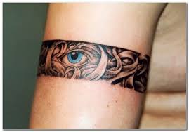 tatouage-homme-bracelet-10