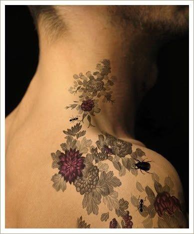tatouages-fleur-homme-11