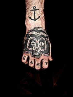 tatouage homme ancre 15 id es de tatouage ancre homme photos tatouage pour homme id es et. Black Bedroom Furniture Sets. Home Design Ideas